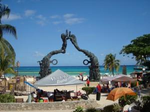 Cozumel... Tout au fond en petit. Là c'est Playa del Carmen